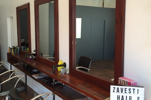 Zavesti hair and body