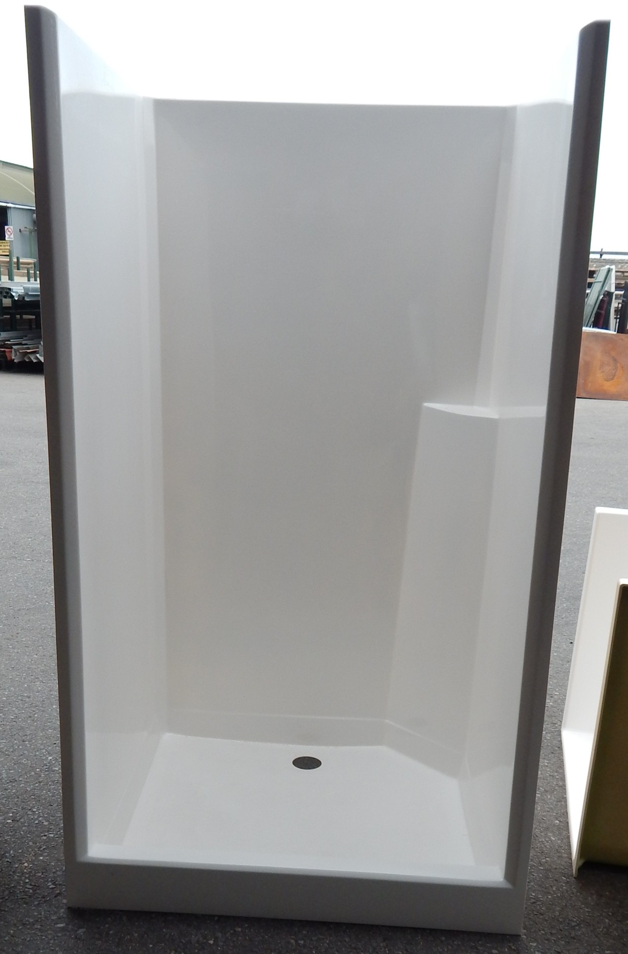 Bathroom fittings adelaide - Fibre Glass Cubicles